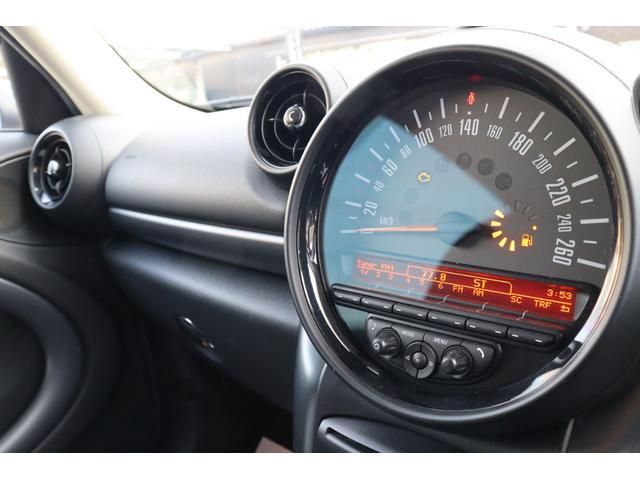 クーパーS クロスオーバー ソリッドレーシング16インチアルミ リフトアップ THULEルーフトップテント パドルシフト ブラックインナーヘッド HID ETC AUX スポーツシート プッシュスタート オートライト(3枚目)