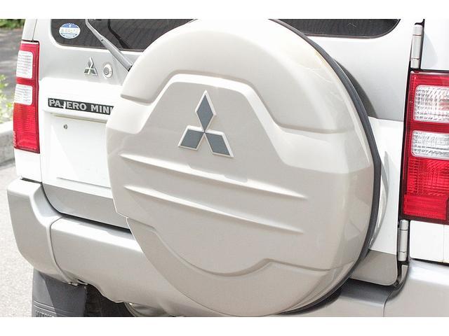 三菱 パジェロミニ サウンドビートエディションXR 4WD 背面タイヤ