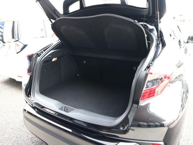 S LEDパッケージ トヨタセーフティーセンス ワンオーナー SDナビ フルセグTV バックカメラ ブルートゥース マートキー LED レーダークルーズ ETC 17AW 禁煙車(16枚目)