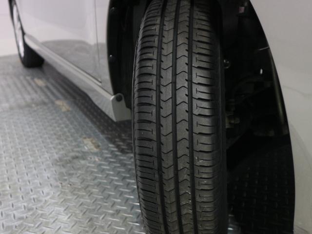 タイヤの溝もしっかり残っておりますので、安心してお乗り頂けます。