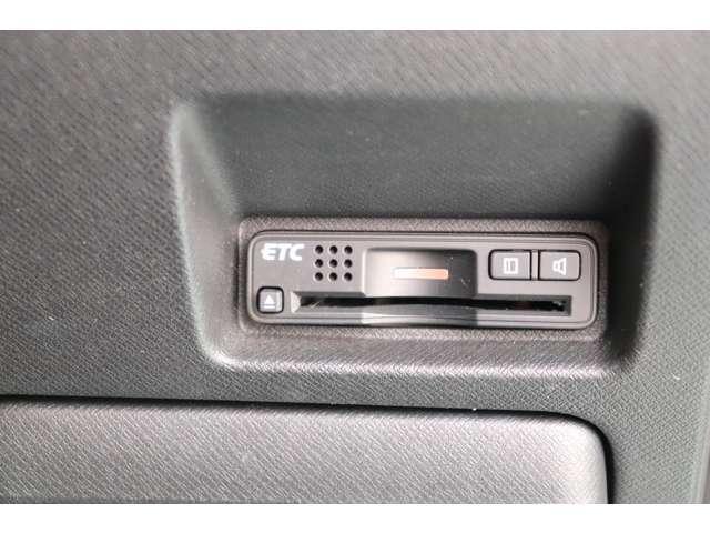 2.0Z インターナビセレクション 4WD ナビTV(18枚目)