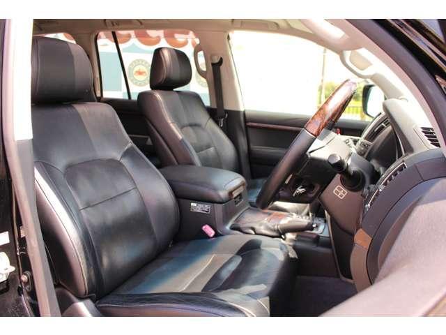 ZX 4WD サンルーフ 本革シート 純正ナビ 地デジTV バックモニター シートエアコン&ヒーター スマートキー クルーズコントロール 3列シート HIDヘッドライト 純正アルミホイール(9枚目)