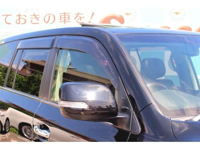 ZX 4WD サンルーフ 本革シート 純正ナビ 地デジTV バックモニター シートエアコン&ヒーター スマートキー クルーズコントロール 3列シート HIDヘッドライト 純正アルミホイール(19枚目)