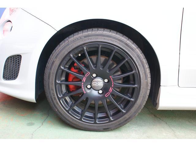 アバルト アバルト アバルト500 左ハンドル OZレーシング17インチアルミ