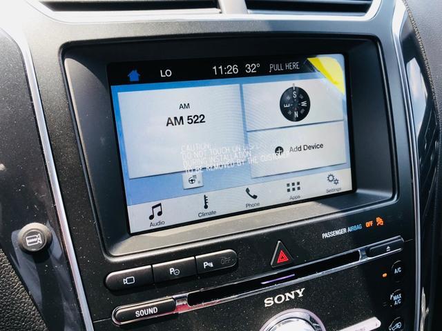 8インチカラータッチスクリーン Ford SYNC3 Apple CarPlay と Android Auto 対応、電話 ・ 音楽 ・ ナビゲーションなどの操作が出来る最先端の機能です。