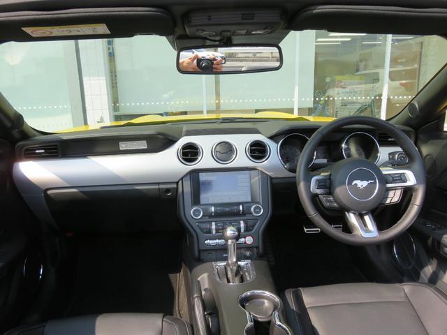 コンバーチブル エコブースト UK仕様 国内未登録 新車(10枚目)