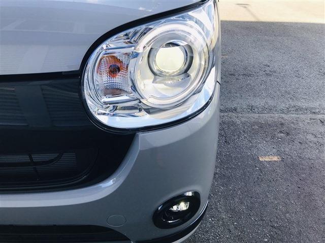 LEDヘッド&フォグライト。オートハイビーム、オートライト、 夜でも安心してお出掛けできます。