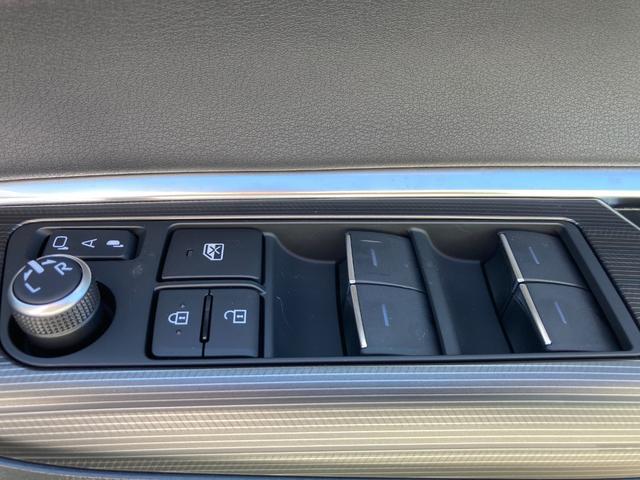 G 新車未登録 衝突軽減ブレーキ ディスプレイオーディオ デジタルインナーミラー オートライト スマートキー LEDライト アルミホイール Bluetooth バックカメラ コーナーセンサー SUV(22枚目)