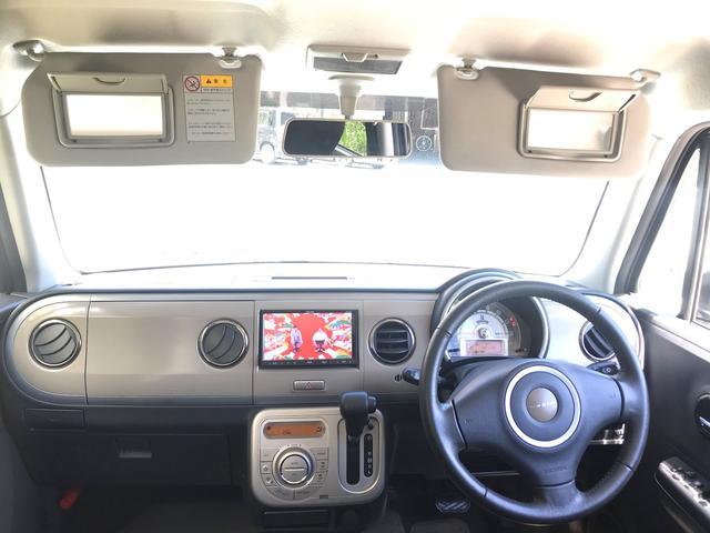 10thアニバーサリーリミテッドのロゴがあちこちにちりばめられた特別仕様車です。