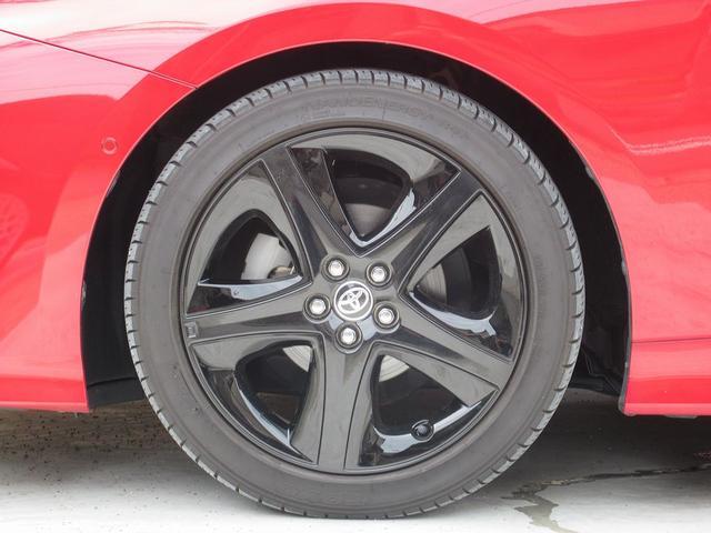 ★ツーリング専用17インチアルミホイールにはオプションのブラックアクセントピース装着。現在ダウンサスが付いておりますので3〜3.5cm車高が低くなっております。乗り心地も純正車高時と大差ないです。