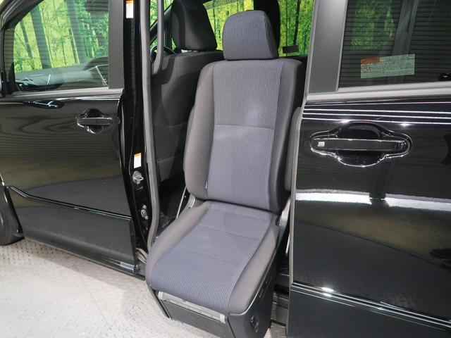 ZS ウェルキャブ サイドリフトアップチルトシート車(3枚目)