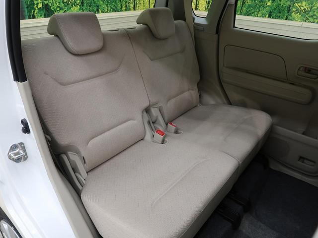 リア席は分割式シートなので、リクライニングも楽々♪シートアレンジも多彩にできます☆