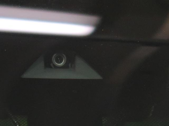 X ツートーンインテリアエディション 登録済未使用車 プロパイロット 衝突被害軽減ブレーキ レーンアシスト ステアリングヒーター LEDヘッドライト LEDフォグ 純正17インチアルミ(3枚目)