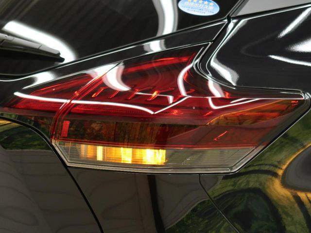 X ツートーンインテリアエディション 登録済未使用車 プロパイロット 衝突被害軽減ブレーキ レーンアシスト ステアリングヒーター LEDヘッドライト LEDフォグ 純正17インチアルミ(40枚目)