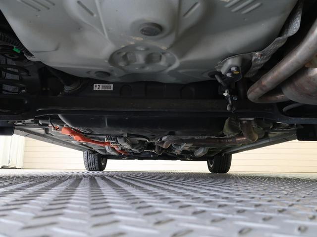 クロスオーバー 禁煙車 社外SDナビ ハーフレザーシート ETC 衝突軽減装置 車線逸脱警報 バックカメラ LEDヘッド・フォグライト  オートマチックハイビーム フルセグTV(走行中視聴可) Bluetooth(60枚目)