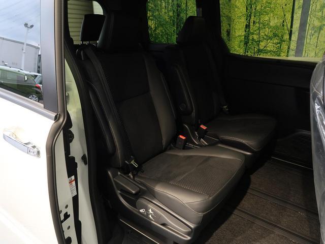 ZS 煌III 登録済未使用車 オーディオレス 両側電動スライドドア セーフティセンス クルーズコントロール リアオートエアコン オートライト LEDヘッドライト 純正16インチアルミホイール ステアリングスイッチ(11枚目)
