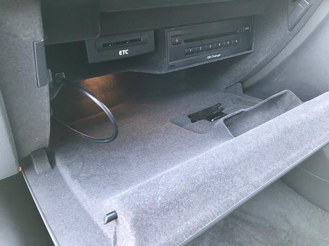 2.0TFSIクワトロ 純正マルチナビ・フルセグ・Bカメラ・ETC・純正AW・HID・パワーシート・パドルシフト・コーナーセンサー・プッシュスタート・4WD(31枚目)
