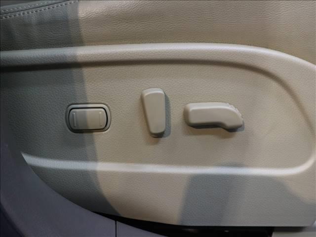 250XV FOUR 純正ナビ 本革 サンルーフ BOSE(10枚目)