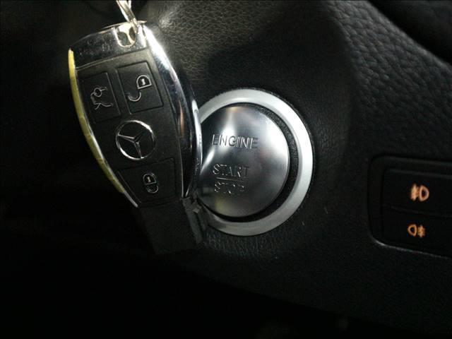 GLA 180 RHD レーダーセーフティP マルチナビ(5枚目)