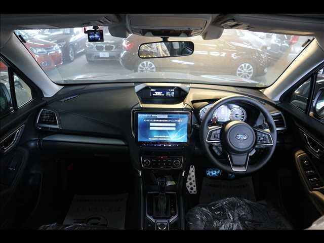 アドバンス 登録済未使用車 アイサイト サンルーフ LED(2枚目)