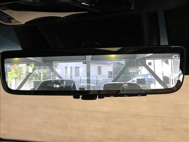 【デジタルインナーミラー】が搭載割いております。ミラーにより後方確認ができますので、駐車の際などに役立ちます。