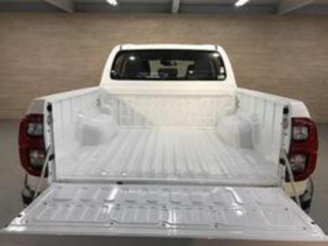 Z クリアランスソナー レーダークルーズ セーフティセンス LEDヘッド スマートキー ディーゼル 4WD クリアランスソナー 純正アルミ(20枚目)
