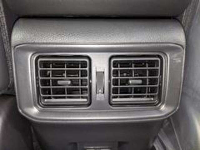 Adventure 新車未登録 バックカメラ クリアランスソナー LEDヘッドライト レーダークルーズコントロール トヨタセーフティーセンス USBポート 純正アルミ 電動シート スマートキー プッシュスタート(35枚目)