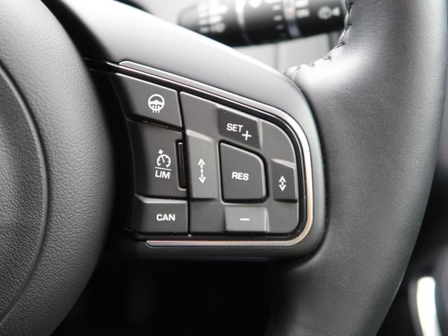 衝突被害軽減自動緊急ブレーキ搭載(ハイスピード対応)。車線アシスト、発進時や車線変更時死角検知機能、車間保持クルーズコントロールも備わっており、セーフティドライブをサポートします。