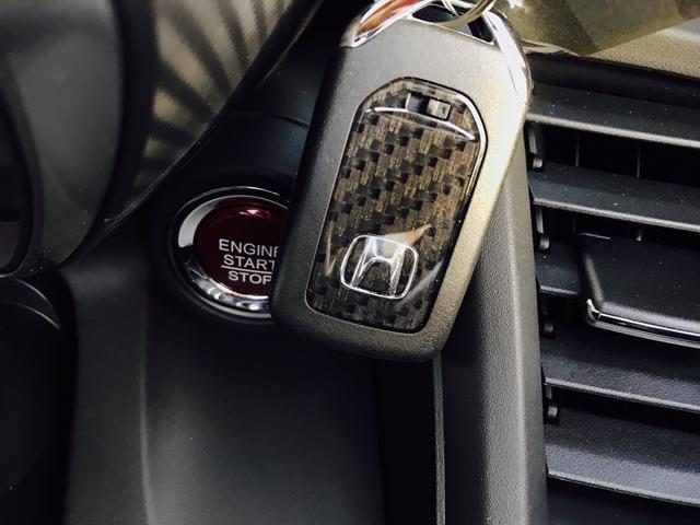 ホンダ S660 α ハーフレザーシート クルーズコントロール ポータブルナビ