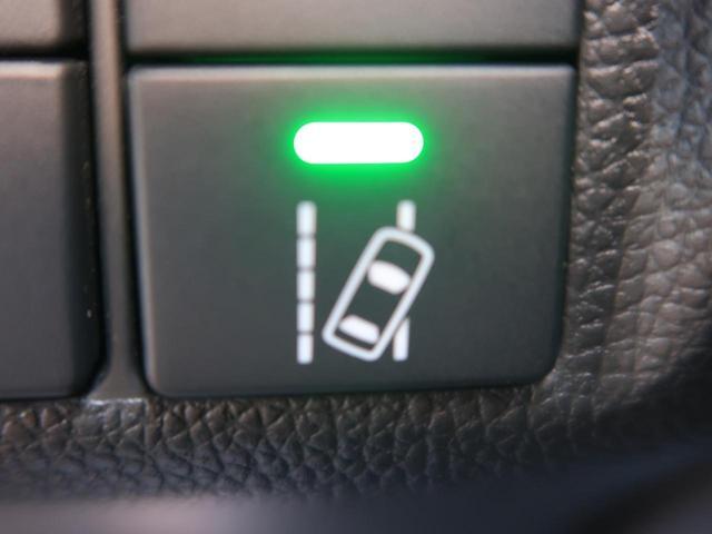 【レーンアシスト】搭載車!!疲れている時でも車線を感知しアシストしてくれる案税性能!!安心したドライブを可能にする装備!!!