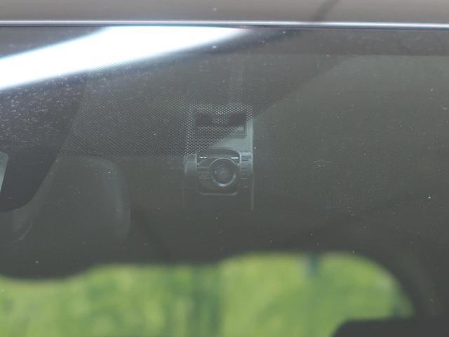 Si 純正10型フルセグナビ 純正12型フリップダウンモニター 両側電動スライドドア 7人乗り 衝突軽減 車線逸脱警報 オートマチィックハイビーム 純正16インチAW バックカメラ LEDヘッド ETC(4枚目)