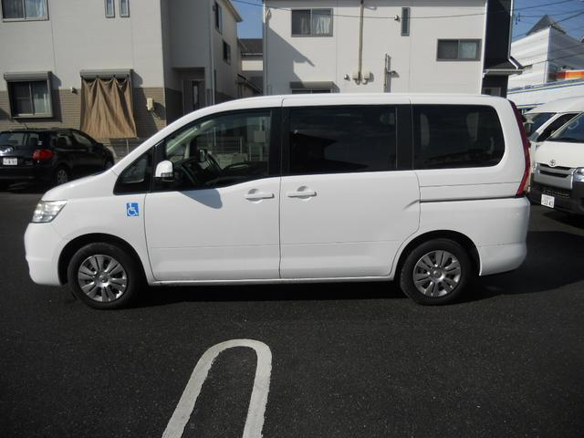 サイドリフトアップ 福祉車両 7人乗(5枚目)