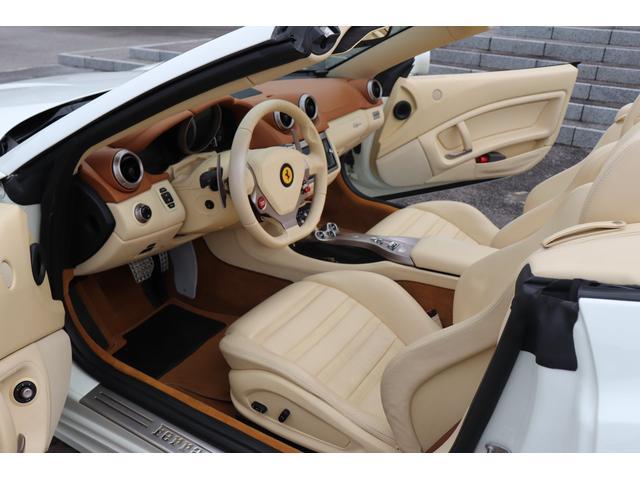「フェラーリ」「フェラーリ カリフォルニア」「オープンカー」「岐阜県」の中古車31