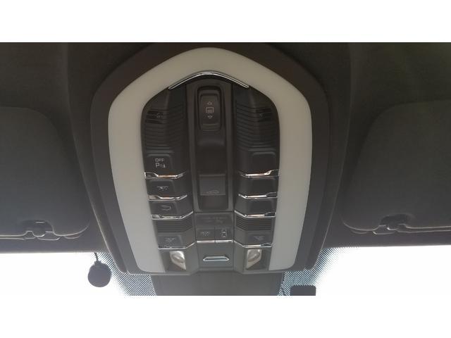 「ポルシェ」「ポルシェ カイエン」「SUV・クロカン」「岐阜県」の中古車31