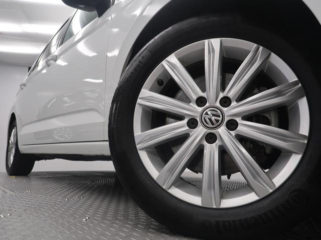「フォルクスワーゲン」「VW ゴルフトゥーラン」「ミニバン・ワンボックス」「大阪府」の中古車34