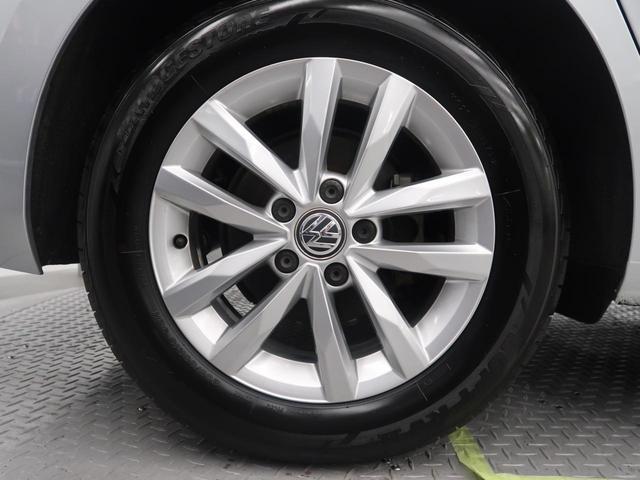 「フォルクスワーゲン」「VW ゴルフトゥーラン」「ミニバン・ワンボックス」「大阪府」の中古車29
