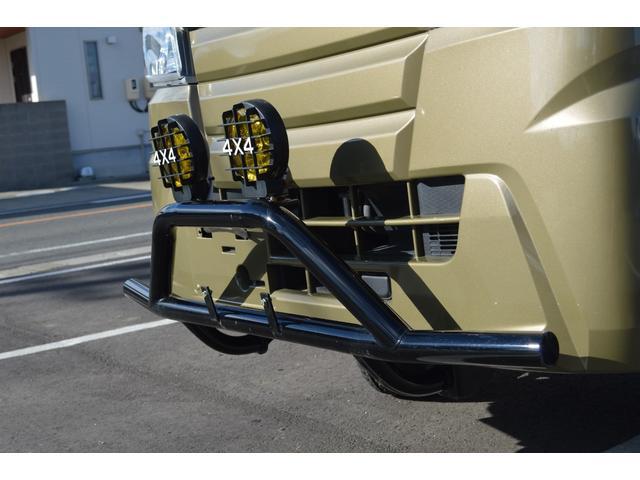 スタンダード 4WD 2インチリフトアップ バンパーガードパイプ 社外14インチアルミホイール マッドタイヤ 大型LEDフォグランプ フルセグナビ ETC(6枚目)