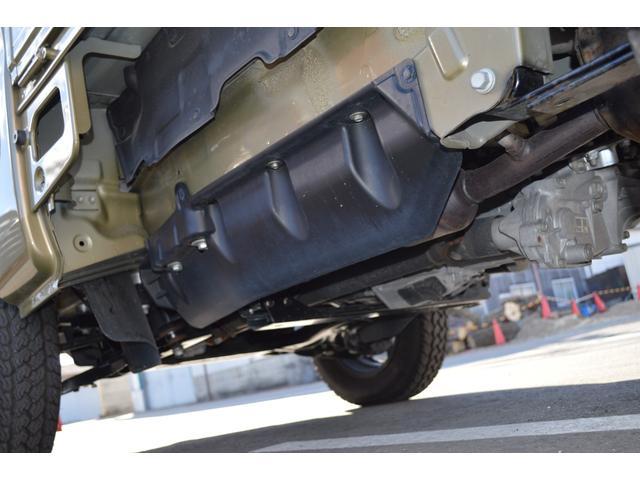 スタンダード 4WD 2インチリフトアップ バンパーガードパイプ 社外14インチアルミホイール マッドタイヤ 大型LEDフォグランプ フルセグナビ ETC(9枚目)