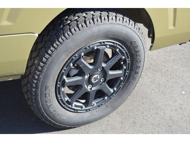 スタンダード 4WD 2インチリフトアップ バンパーガードパイプ 社外14インチアルミホイール マッドタイヤ 大型LEDフォグランプ フルセグナビ ETC(12枚目)