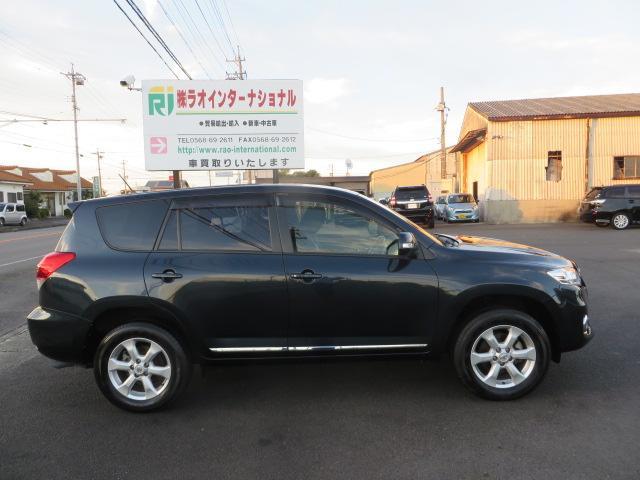「トヨタ」「ヴァンガード」「SUV・クロカン」「愛知県」の中古車13