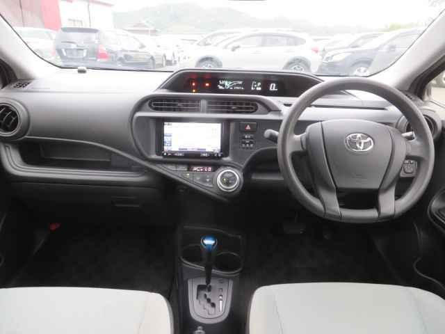 L SD フルオートエアコン CD再生装置 Wエアバッグ エアバック PS ABS キ-レス ナビ付 パワーウィンドウ 電格M(11枚目)