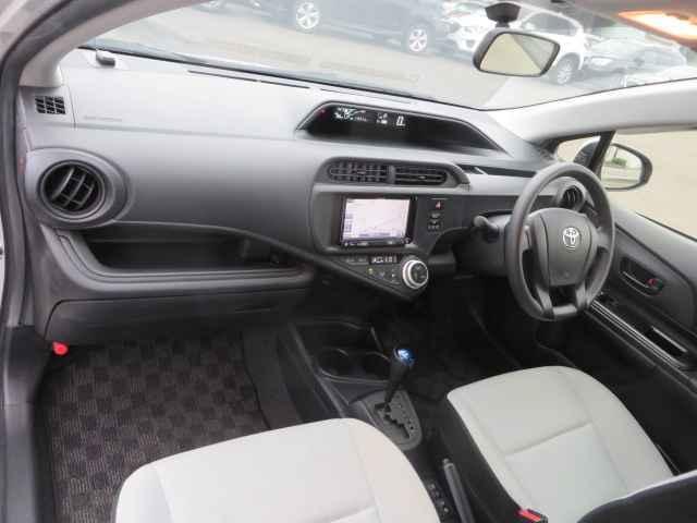 L SD フルオートエアコン CD再生装置 Wエアバッグ エアバック PS ABS キ-レス ナビ付 パワーウィンドウ 電格M(45枚目)