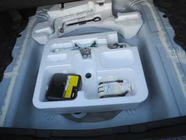 1.5X ワイヤレスキー SDナビ ナビ ETC ABS エアコン パワステ パワーウインド エアバック デュアルエアバッグ 電動格納ミラー(22枚目)