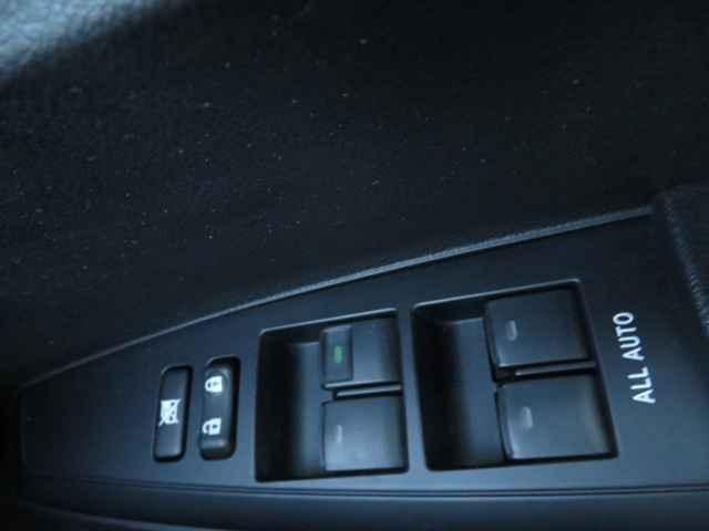 1.5X ワイヤレスキー SDナビ ナビ ETC ABS エアコン パワステ パワーウインド エアバック デュアルエアバッグ 電動格納ミラー(46枚目)
