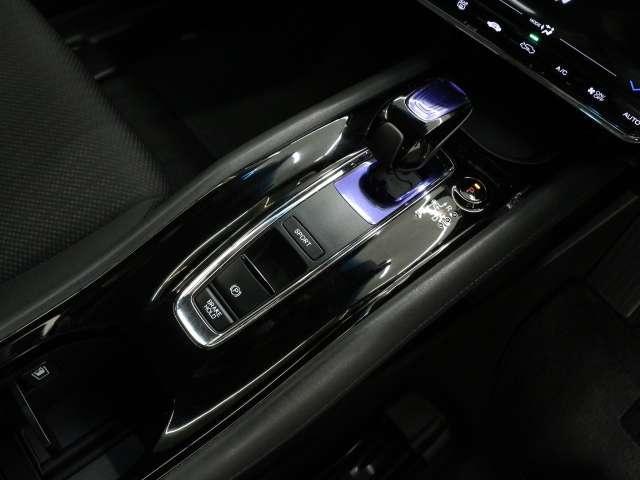 「ホンダ」「ヴェゼル」「SUV・クロカン」「三重県」の中古車11
