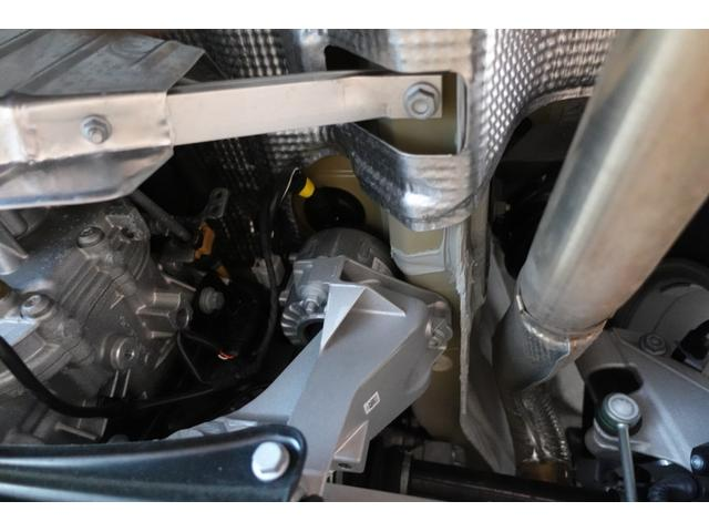 718ボクスター 1オーナー5800キロベースグレード2リッター+ターボPDKボルドーカラースポーツクロノ内装色アゲードグレーレッドカラーシートベルトシートヒーター電動可倒式ミラーデイライトバックカメラETCナビ禁煙車(40枚目)
