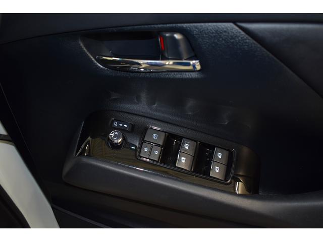 2.5Z ワンオーナー フルセグナビ スマートキー LEDヘッドライト 片側電動スライド バックカメラ(17枚目)