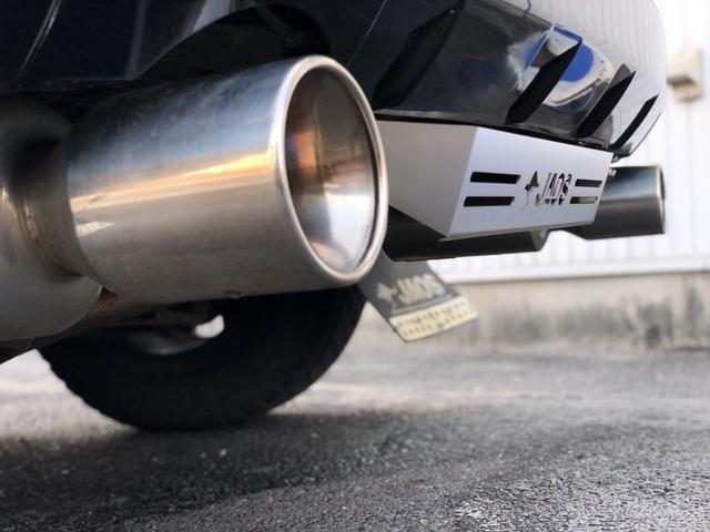 三菱 デリカD:5 Gパワーpkg 16アルミ・ホワイトレタータイヤ 外マフラー