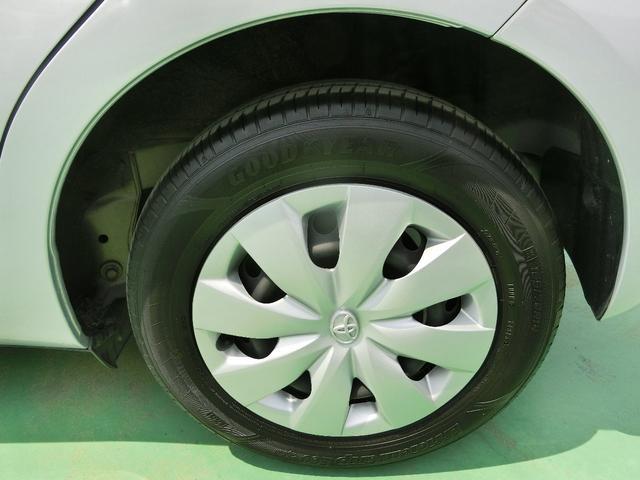 タイヤ新品交換済