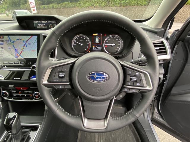 プレミアム 純正8型ナビ フルセグ Bluetooth 黒革シート 全席シートヒーター アイサイト AWD 電動リアゲート ETC LEDヘッド ナノイー フロント&サイド&バックカメラ スマートキー Pシート(17枚目)